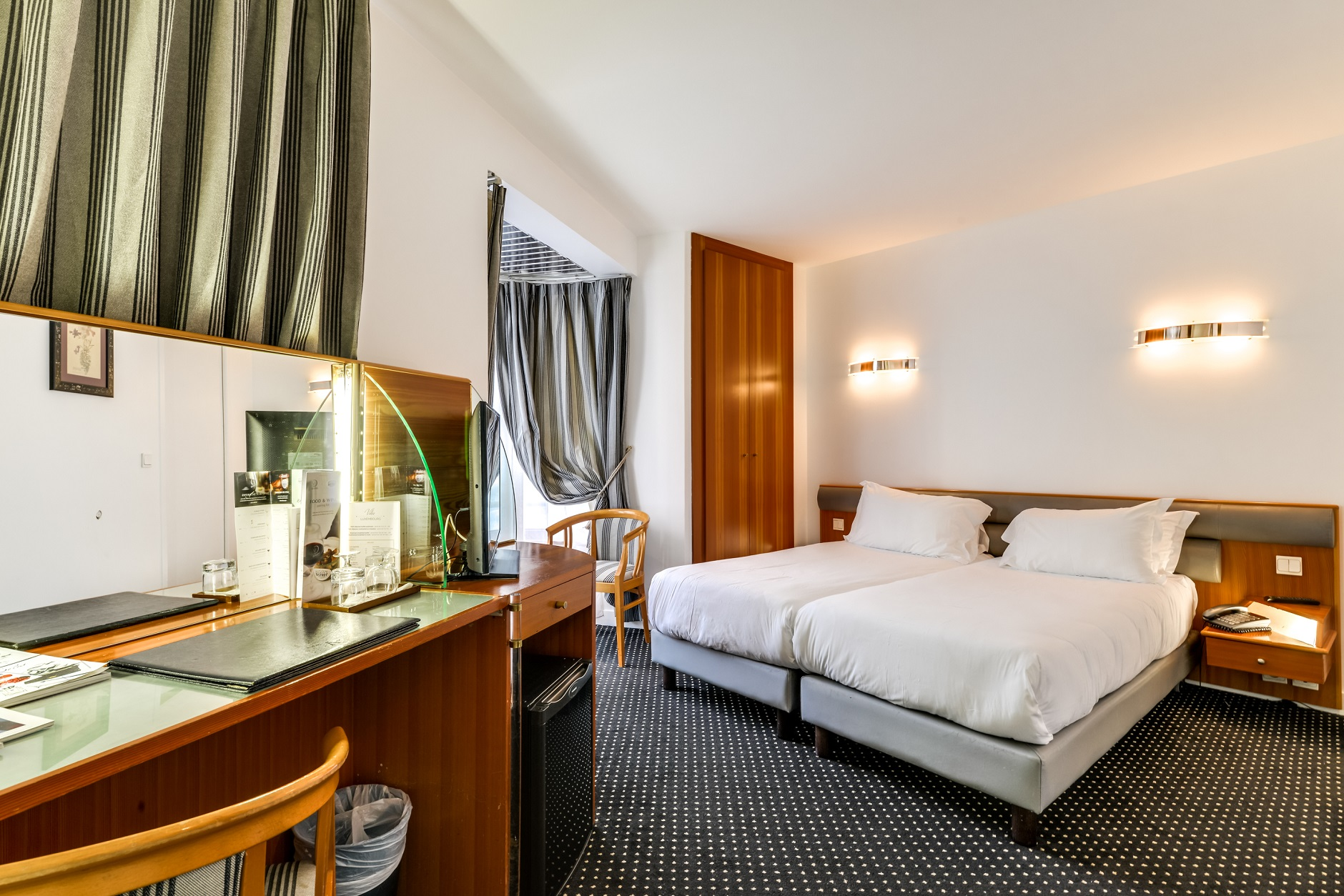 Villa Luxembourg A Modern Hotel In The Heart Of The Montparnasse